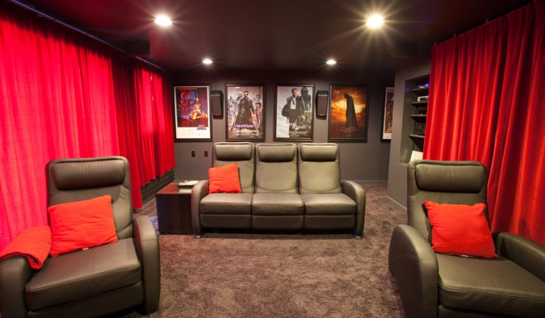 https://www.soundproofingeducation.com/wp-content/uploads/2018/02/Home-Theater-Acoustic-Curtains.jpg